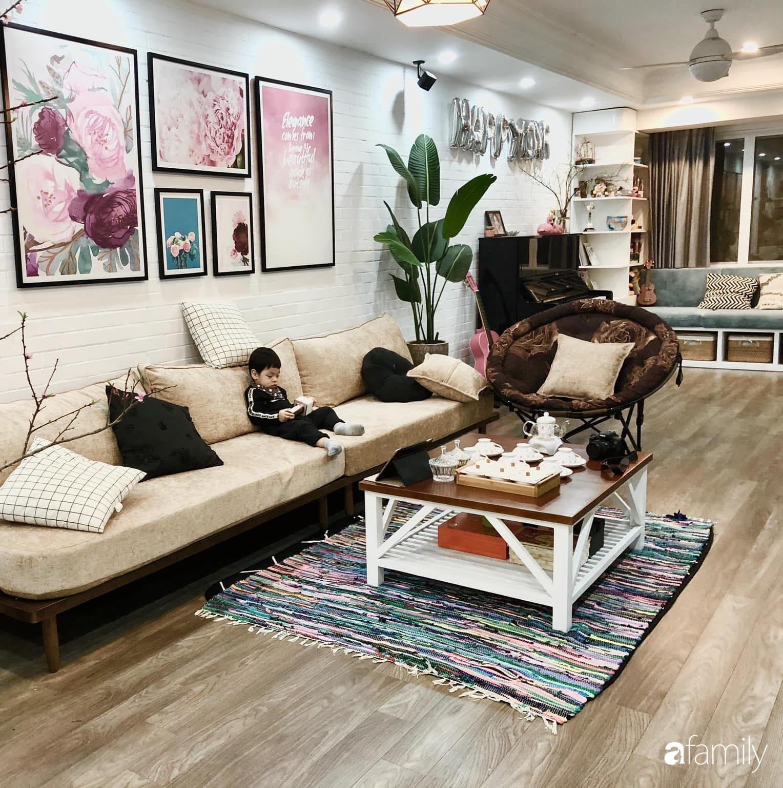 Căn hộ 145m² được décor ấn tượng với tranh ảnh treo tường vừa tiết kiệm vừa  đẹp bất ngờ | Báo dân sinh