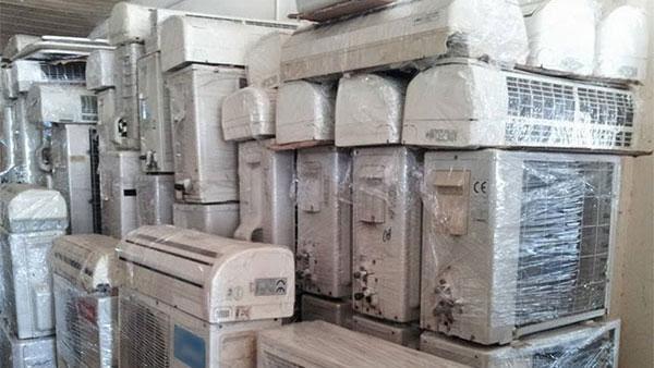 Chiếc máy lạnh cũ thường không được tích hợp nhiều tính năng